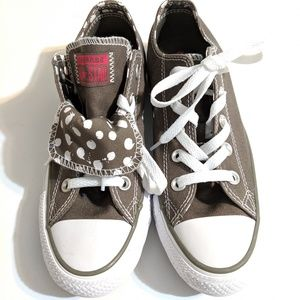 NWOB Converse Chuck Taylor Charcoal/White Sneaker